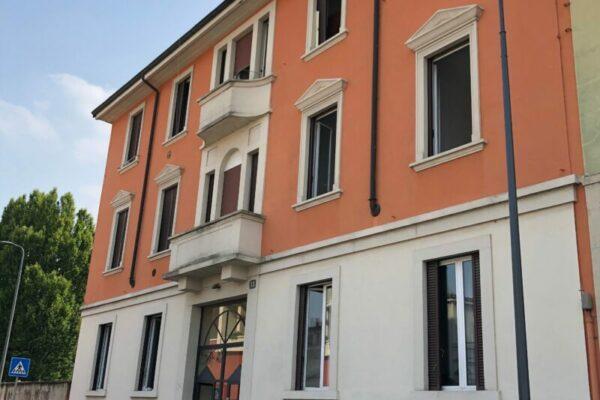 Donadoni 13 - student house